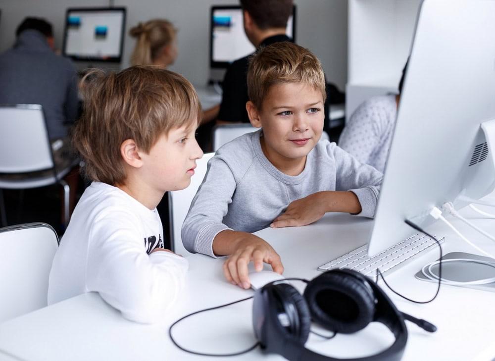 Интересные и полезные курсы для школьников в Новосибирске